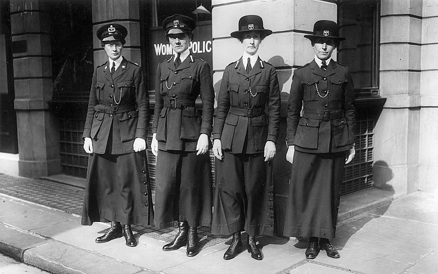 role of women during wwi The different roles of women in ww1  during the course of the war and about 8000 of these served abroad  what role did women play in the armed forces.